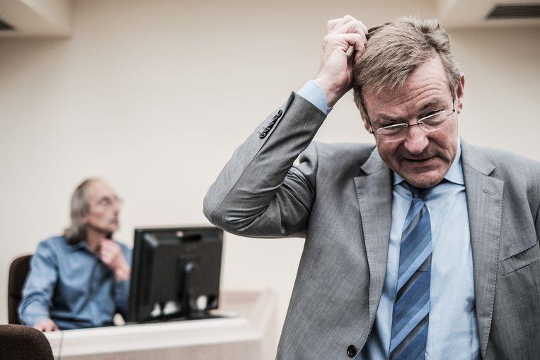 Minister van Financiën Van Overtveldt (N-VA) is de kritiek op zijn cijfers beu. Beeld Bob Van Mol