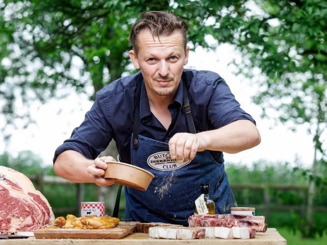 """""""Als je een worst bakt, prik er dan geen gaatjes in."""" Topslager Hendrik Dierendonck deelt tien gouden regels voor wie heerlijk vlees wil barbecueën"""
