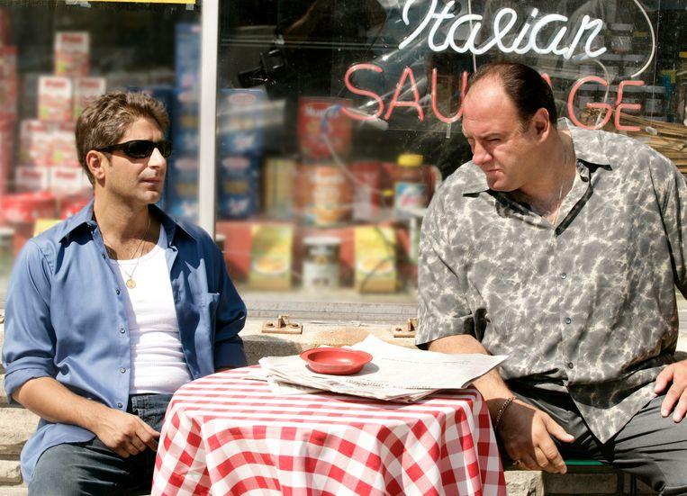 """Michael Imperioli en James Gandolfini in een scène van """"The Sopranos."""""""