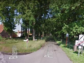 Asbestplaten gedumpt aan provinciaal domein 't Veld