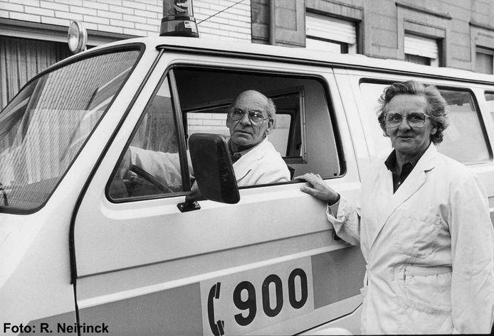 André en Clara Beggia. De originele uitbaters van de dienst 900 in Tielt, tot de overdracht in 1986.