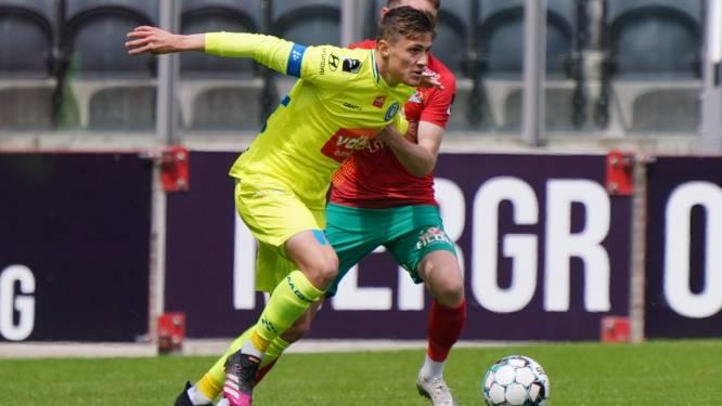 """Alessio Castro-Montes (AA Gent) bekroont sterke prestatie met knappe goal: """"Ik probeer elke match mijn best te doen, waar ik ook sta"""""""