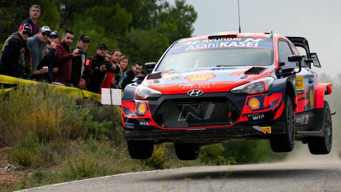Thierry Neuville leidt in rally van Spanje