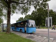 Dronten protesteert tegen bezuiniging op buslijnen, ondanks versoepeling van provincie: 'Goede bereikbaarheid is essentieel'