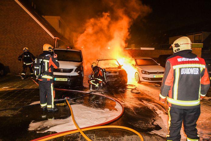 De autobrand op de Wilhelmina Druckerstraat