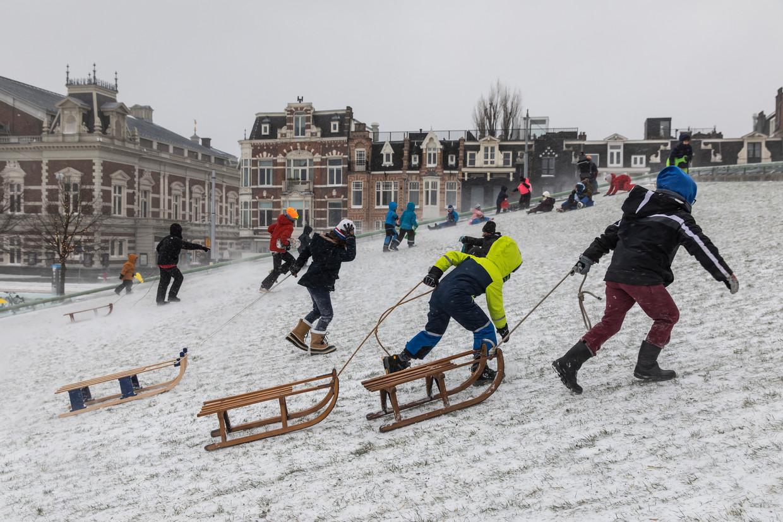 Amsterdam staat aan het begin van een zeer koude periode.  Beeld Dingena Mol