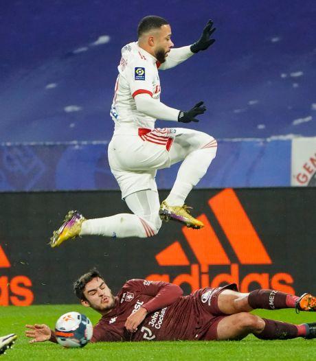 Memphis Depay en co raken koppositie kwijt na thuisverlies tegen FC Metz