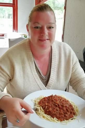"""Begeleidster Marleen (46) in coma na corona-uitbraak in kinderopvang Ter Leie: """"Waarom zijn zij nog niet ingeënt?"""""""
