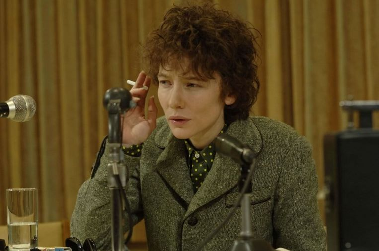 Cate Blanchett als Bob Dylan in I'm not There Beeld