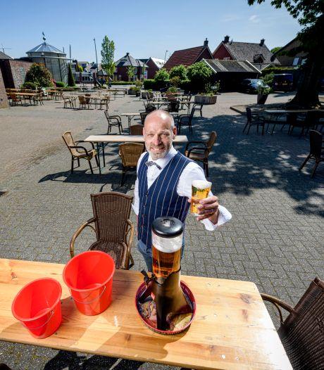 Het nieuwe uitgaan in Tubbergen en Twenterand: 3 liter bier in een toren en vooral 1,5 meter afstand houden