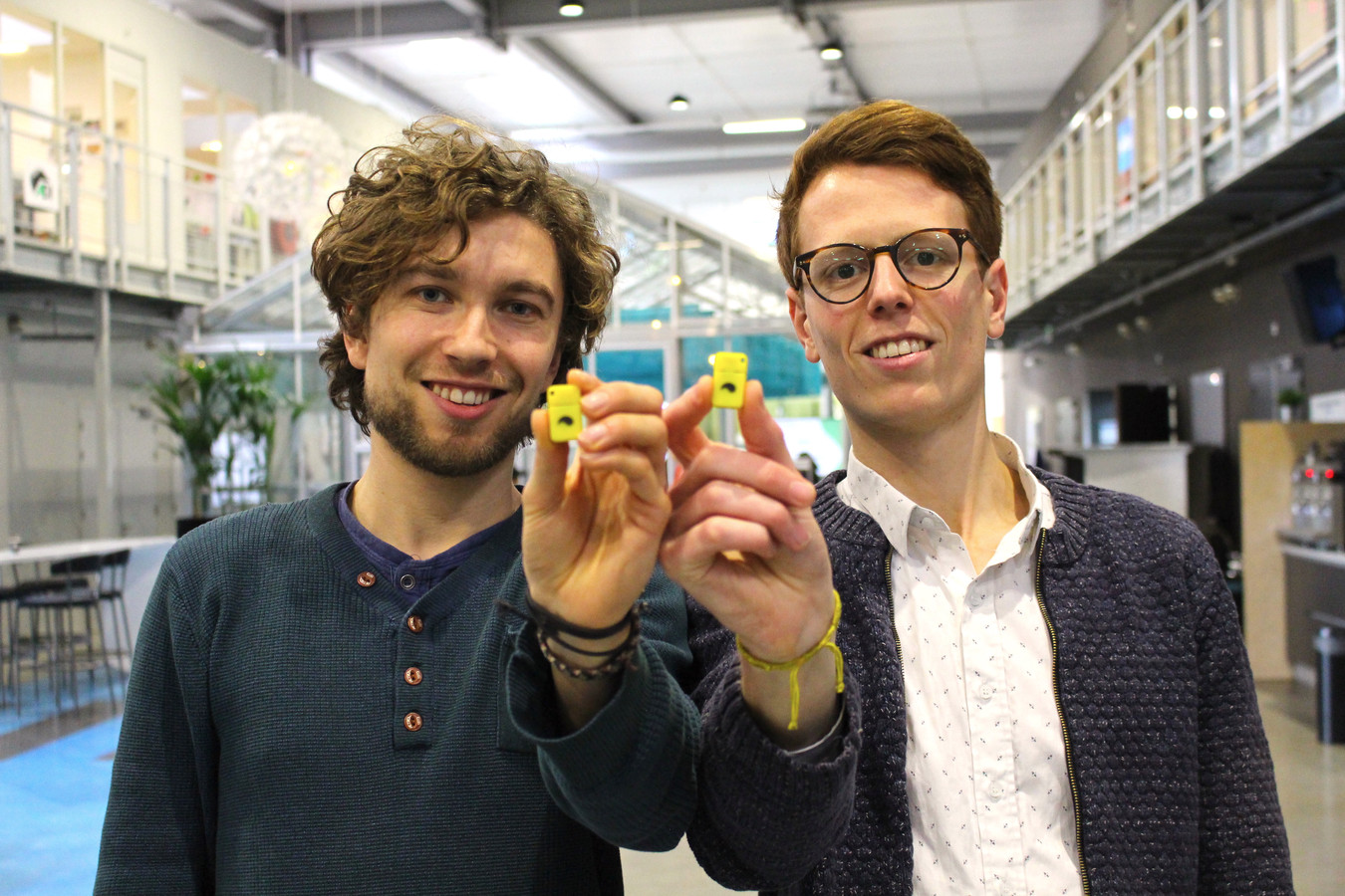 Tim Smits (L) en Jorn Rigter bedachten de Unpluq.