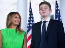 """Melania Trump célèbre les 15 ans de son fils avec un cliché """"flippant"""": """"Pauvre enfant"""""""