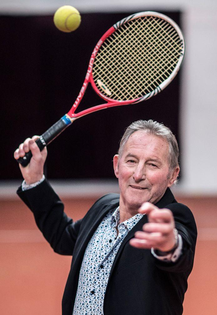 Gerard Scholtes voelt zich uitstekend. ,,Ik ben de laatste dertig jaar niet verkouden geweest en heb ook geen griep gehad.''