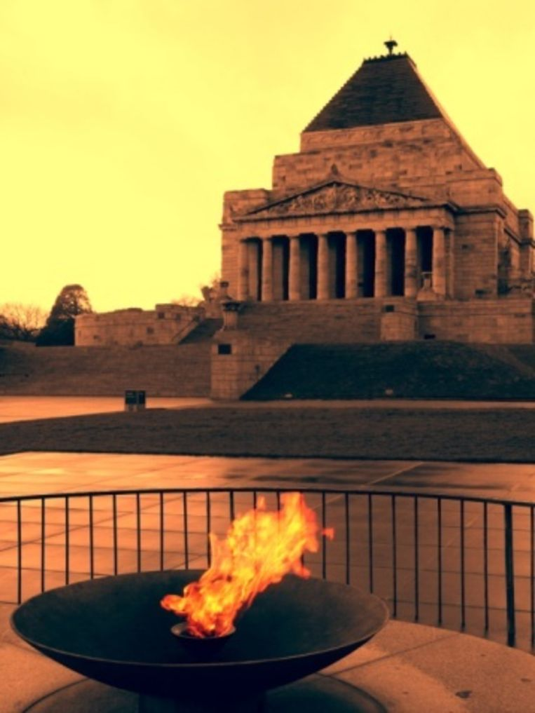 Shrine of Remembrance in de Royal Botanical Gardens Beeld UNKNOWN