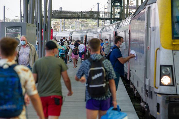 De trein nemen in coronatijden.