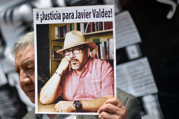 Archieffoto van mei 2017: een foto van Mexicaanse journalist Javier Valdez tijdens een protest
