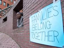 Aren Kollie krijgt haar kinderen maar niet uit Ghana en protesteert in Zwolle: 'Ik verliet mijn dochter toen ze nog niet kon praten'