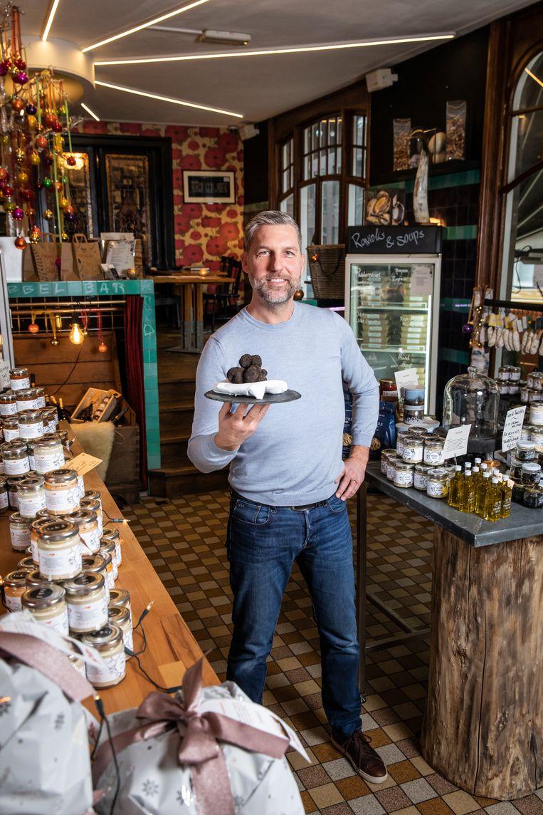 Ralph Woerde van Restaurant Oud Zuid. Beeld Dingena Mol