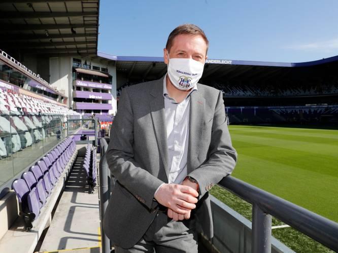 """Van Eetvelt krijgt """"beperkte"""" ontslagvergoeding van Anderlecht"""