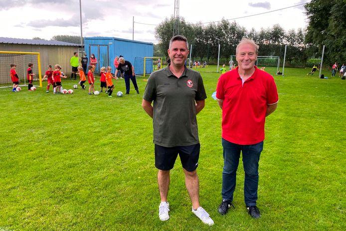Voorzitter Stefan Gabriels en jeugdvoorzitter Renaat Gits van de nieuwe fusie voetbalclub Erpe-Mere United.