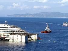 Wegslepen Costa Concordia begonnen