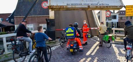 Trauma-arts op weg naar slachtoffer moet minutenlang wachten voor open brug: 'Hoe kan dit?'