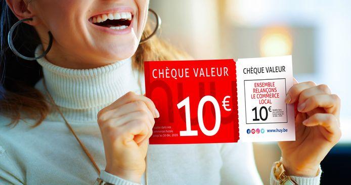 """Chèques solidaires et """"relance commerce"""", à Huy."""