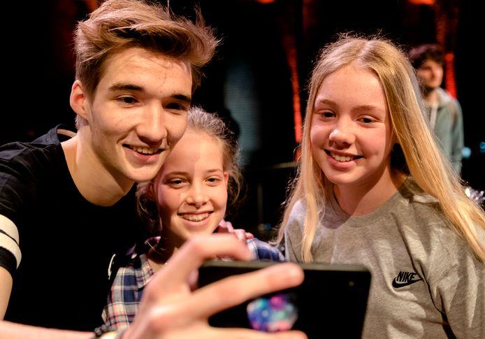 Gio Latooy, één van de succesvolste YouTubers van Nederland, brengt eind dit jaar zijn eerste bioscoopfilm uit: Project Gio.