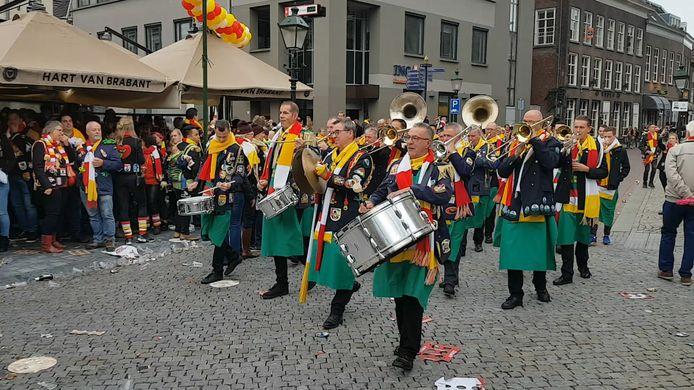 Muzikale viering van de elfde van de elfde op de Parade.