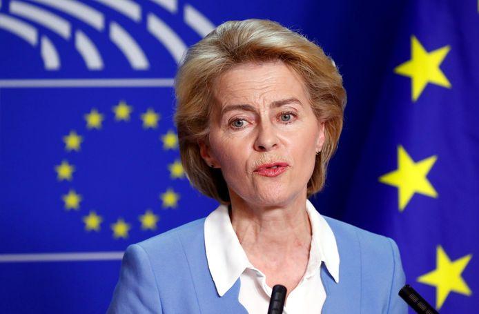 Ursula von der Leyen: op tournee langs de Europese fracties.