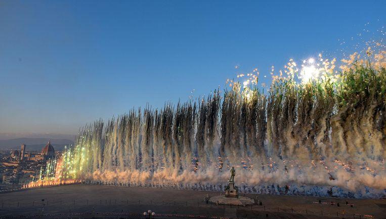 Vuurwerkshow van Cai Guo-Qiang in Florence, 2018. Beeld EPA
