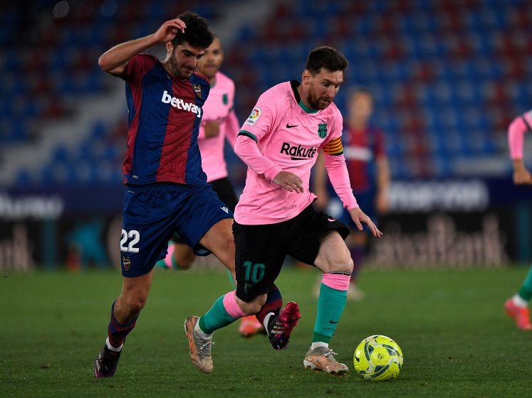 Barcelona kan weer niet winnen in bloedstollende strijd om de titel