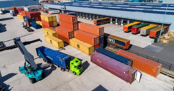 Politie-onderzoek naar opengesneden vrachtwagentrailers in Hasselt levert 'nog niets op'.