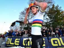 Van der Poel vertrouwde op slotronde: 'Ik wilde niet met te veel man laatste ronde ingaan'