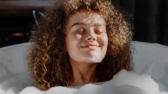 Bathscaping: de nieuwe wellnesstrend die badtijd tot veel meer maakt dan bruisballen en zeepsop