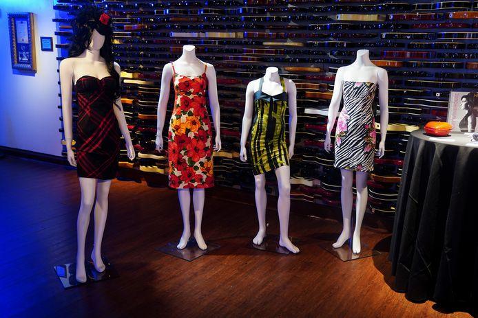 Des dizaines de robes d'Amy Winehouse seront notamment mises en vente.