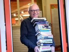 Gerard Kocx zwaait af bij bibliotheek Enschede: 'Je wordt wat je leest'