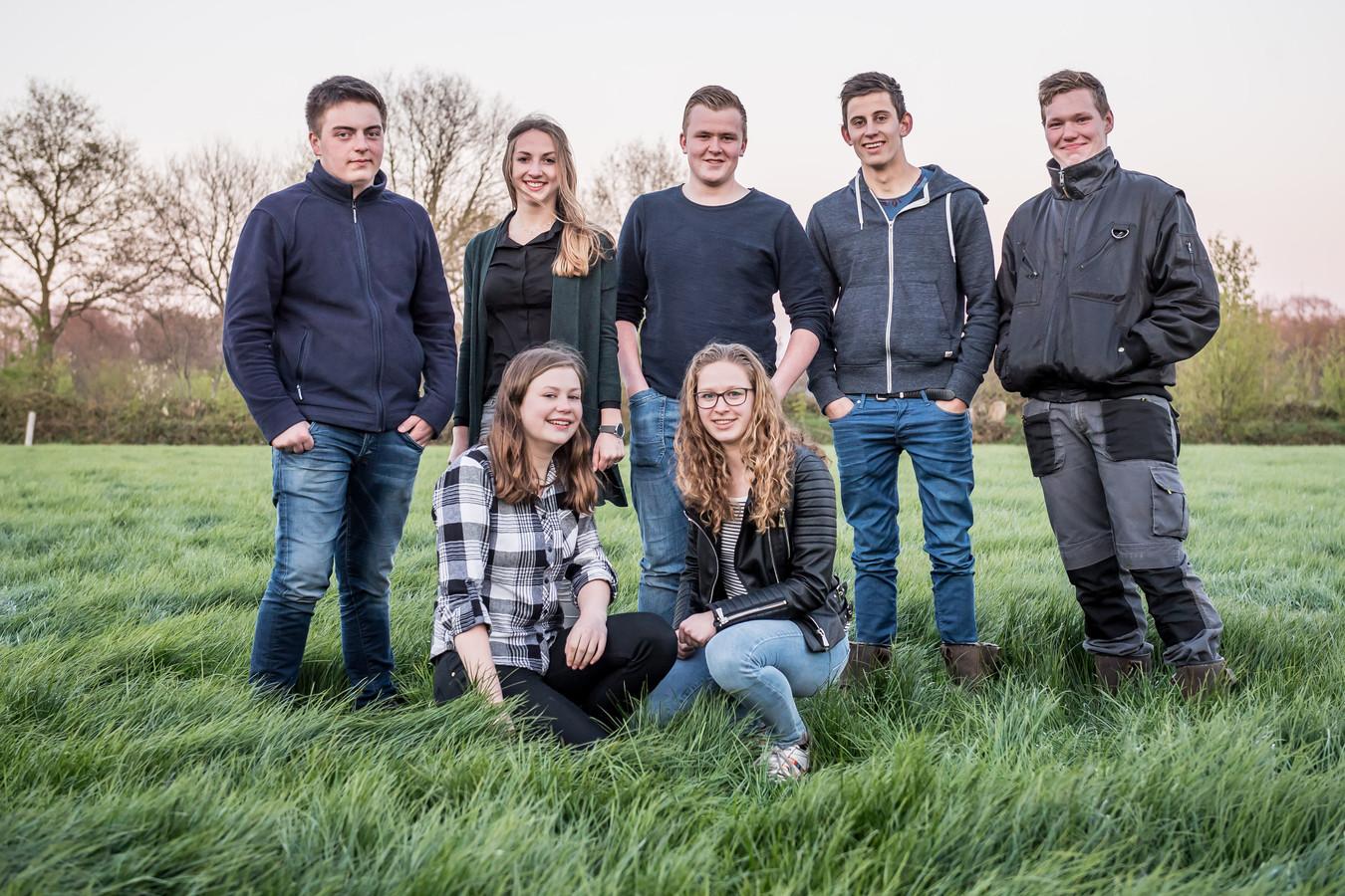 De vriendengroep uit de documentaire Brommers Kiek'n.