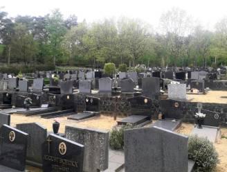 """Oude graven verdwijnen sneller om groen en sereen kerkhof te creëren: """"Enkel nog bijbegravingen wanneer er minder dan vijf jaar verschil zit tussen beide overlijdens"""""""