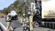 IN BEELD. Nederlandse chauffeur komt om bij ongeval op E313: urenlange verkeersellende op E313