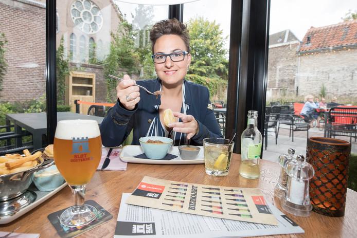 Een dikke lap vlees of een maaltijdsalade krijgt Sandra de Blaeij uit Kapelle nooit op.