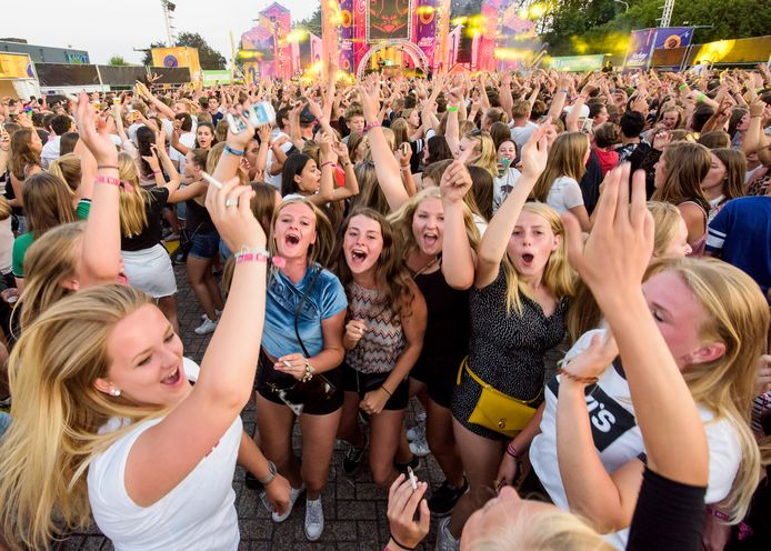 Festival Hockeyloverz bij discotheek Time Out in Gemert in 2018.