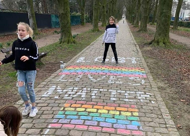Regenboogacties in Beveren, na de moord op David P. Beeld Kristof Pieters