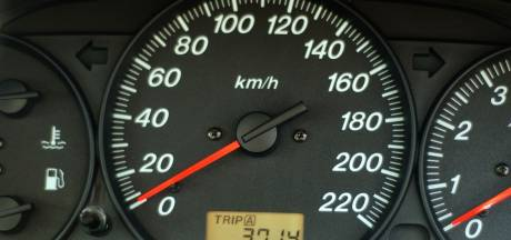 Opnieuw veel te hard: 50-jarige Tilburger is rijbewijs weer kwijt