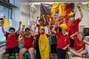 Het is duidelijk: in basisschool Het Laar zitten hevige supporters.