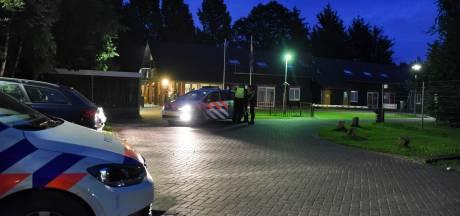 Asielzoeker (20) opgepakt nadat hij jongen (14) in gezicht stak in azc Oisterwijk