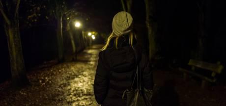 PEILING | Hoe veilig voel jij je op straat na de avondklok? Vul hier onze korte vragenlijst in