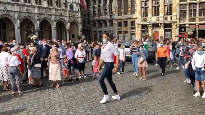 Un flashmob sur la Grand Place de Bruxelles.