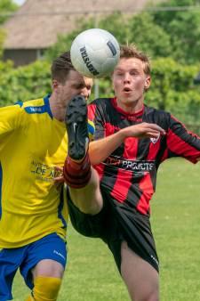 Betuwse voetbalclubs taaien af in het bekertoernooi