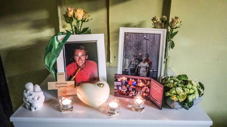 In de kantine van Eendracht Vichte is een herdenkingsplaats ingericht voor Matthias Vuylsteke.